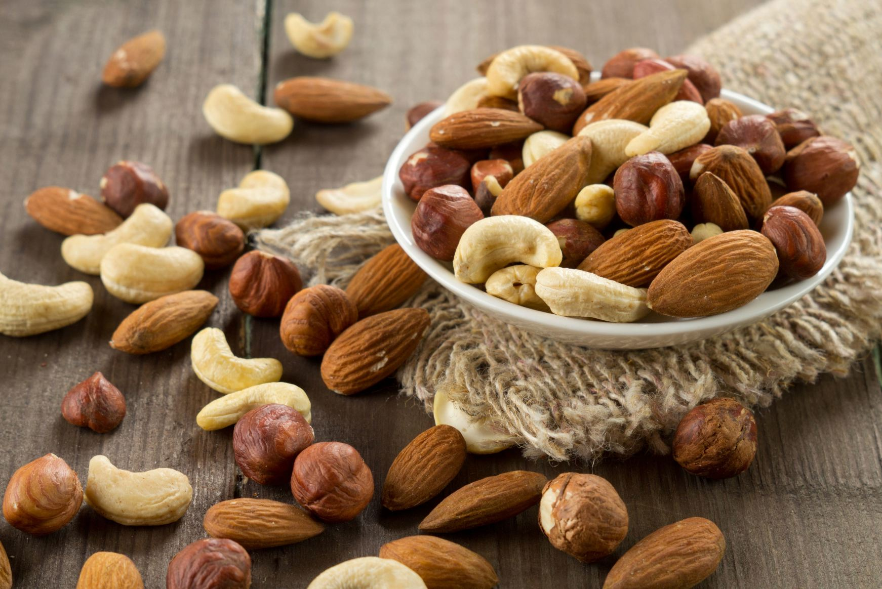 Друзья=) Поступили долгожданные орехи, и специи!!!